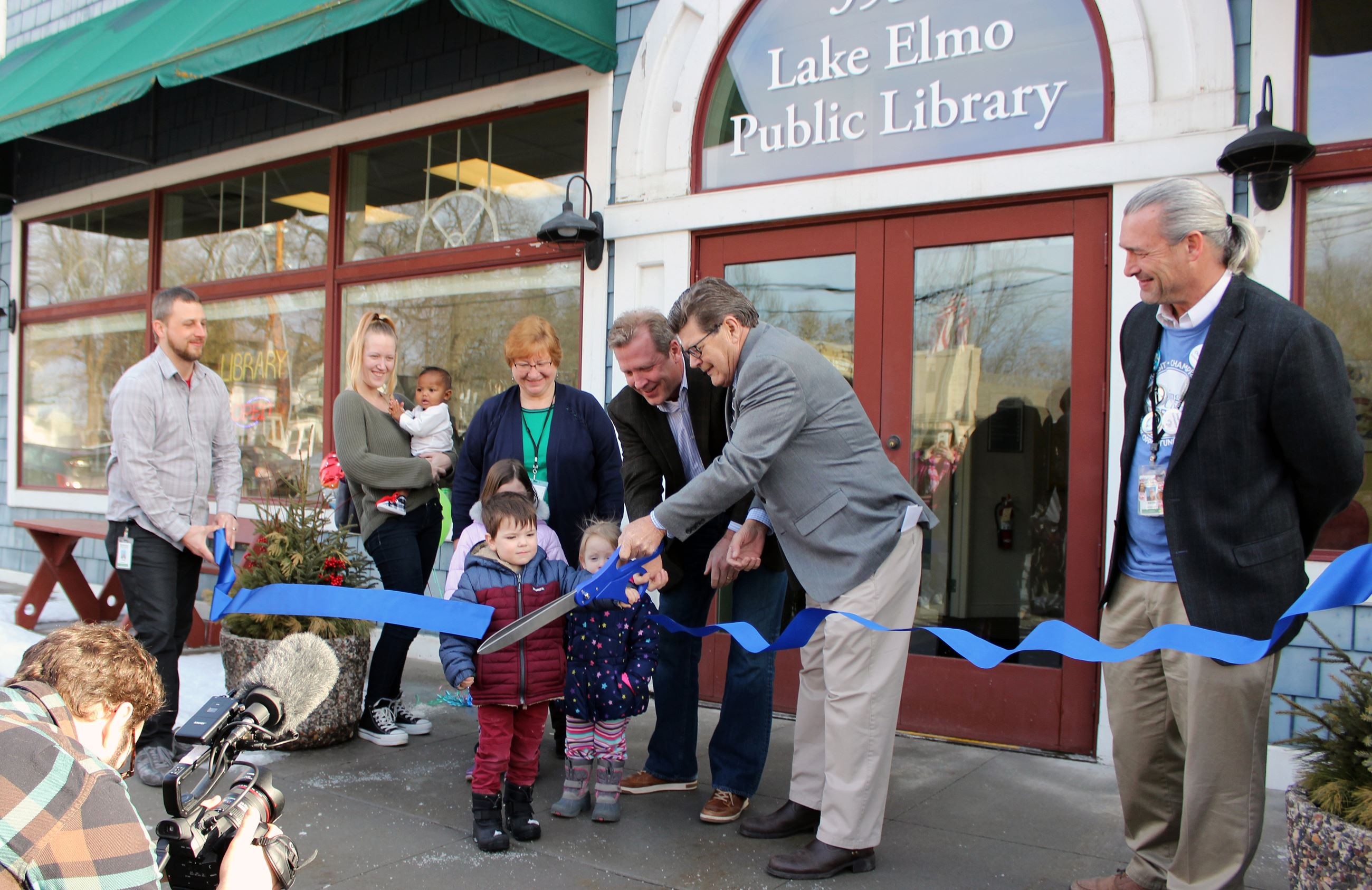 Lake Elmo Library ribbon cutting ceremony