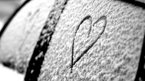 heart drawn in the snow